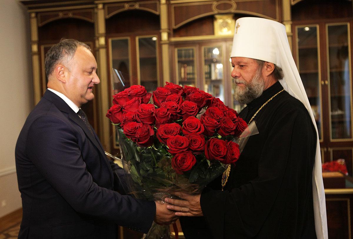 Igor Dodon și Mitropolitul Vladimir, imagine simbol, sursa: mitropolia.md