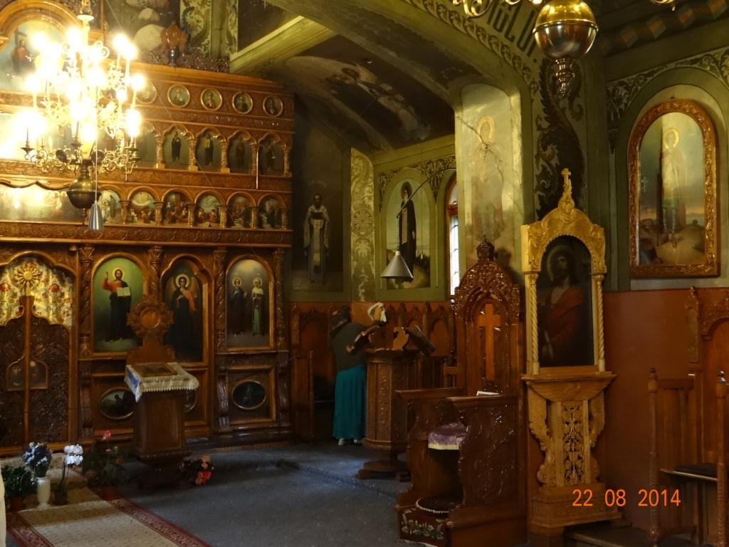 Catapeteasma Paraclisului Mănăstirii Sihăstria Secului cu picturile lui Irineu Protcenco, datând din 1947. Tot aici Irineu Protcenco a pictat și Icoana