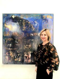 """Florina Breazu, curatorul expoziției """"Timp fără timp"""""""