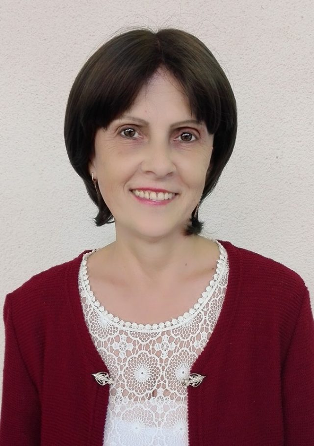 """Veronica Moloșag, profesoară de pian, Școala de Arte """"Alexei Stârcea"""" din Chișinău"""