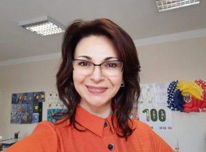 Cornelia Simcov, învățătoare la clasele primare, Liceul de Limbi Moderne și Management din Chișinău